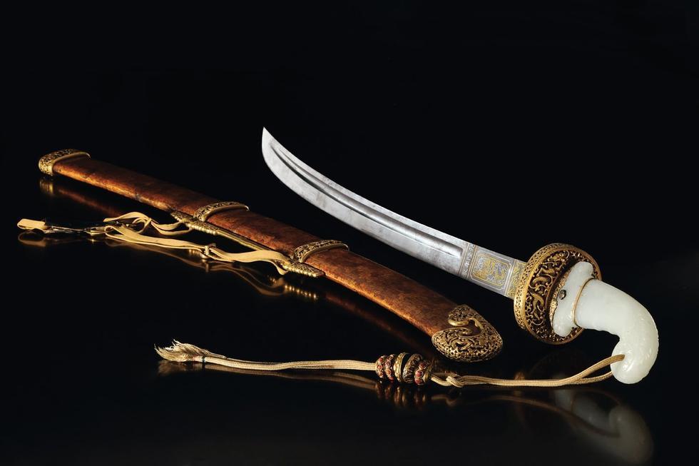 清乾隆 御制金桃皮鞘[天字十七号][宝腾]腰刀
