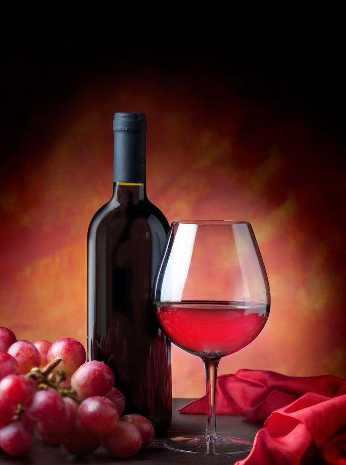 如何区别干红和干白葡萄酒